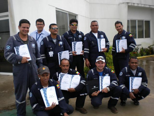Certificacion de Operadores de Gruas Telescopicas - BJ SERVICES