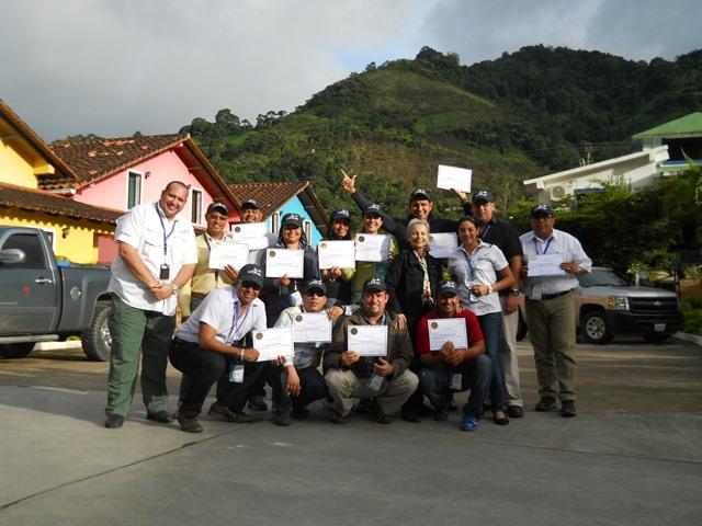 """Programa RETHO """"Equipos de Trabajo de Alto Desempeño"""" (PDVSA Petrodelta) Caripe"""